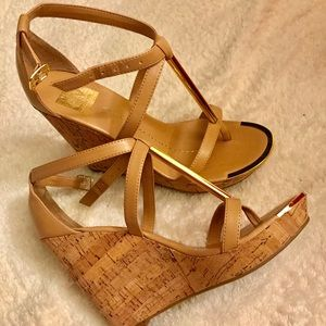 NEW Dolce Vida glam wedges with gold accent bar